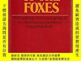 二手書博民逛書店The罕見Game of the FoxesY28384 Lad