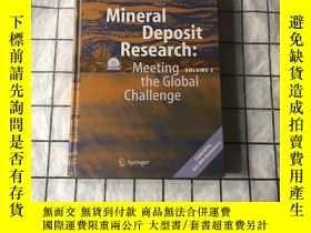 二手書博民逛書店Mineral罕見Deposit Research:Meeting the Global Challenge VO