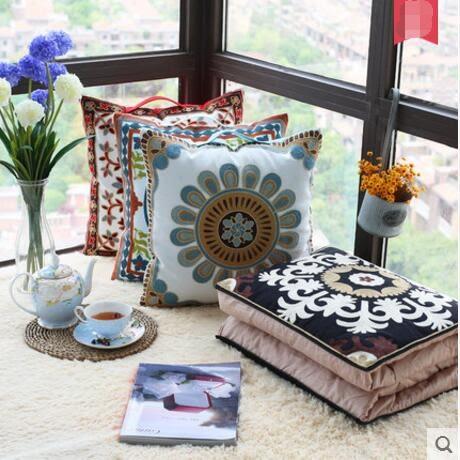 樂裁手提刺繡花靠墊被汽車用沙發辦公室靠枕被空調被兩用抱枕被子