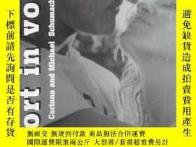 二手書博民逛書店SPORT罕見IN VOGUE雜誌(2012-4-8)VOGUE