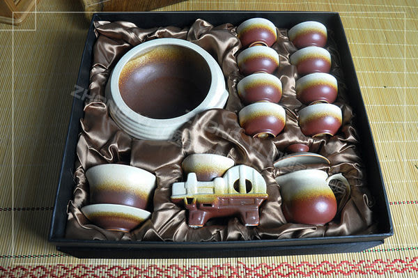 中逸 13件時尚陶制茶具套裝 紅妝素顏