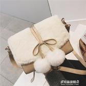 毛絨包包-冬季毛毛包女斜跨毛絨包兔毛可愛毛茸茸包包冬天小方仙女百搭毛球 多麗絲