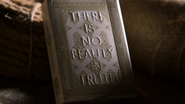 【USPCC撲克】  Lies Playing Cards (There is No Beauty in Truth)