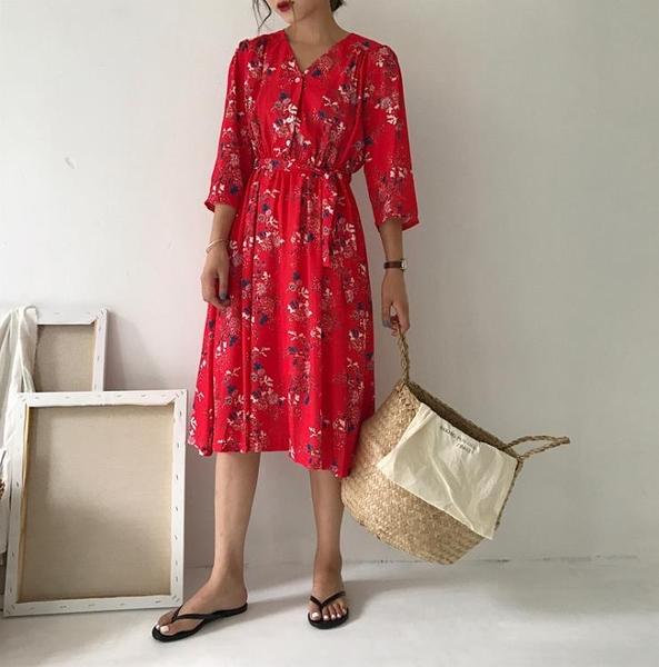 [超豐國際]秋冬chic襯衫裙寬松V領半袖碎花裙復古高腰長裙1入