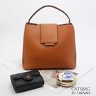 Catsbag|經典名品插扣設計厚挺上蓋二用手提側背方包2040