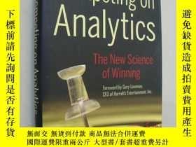 二手書博民逛書店Competing罕見on Analytics 基本可算 Y14