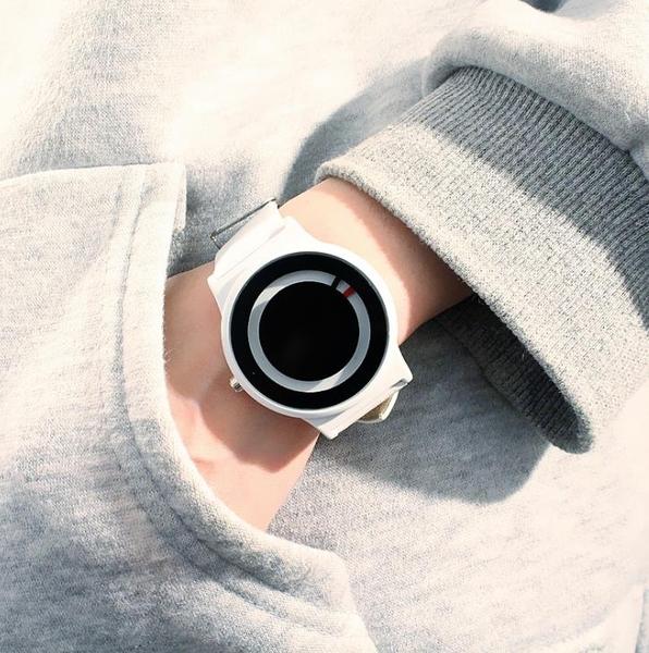 復古手錶森女錶學生韓版簡約防水皮革潮流日本極簡風創意個性男錶 花間公主
