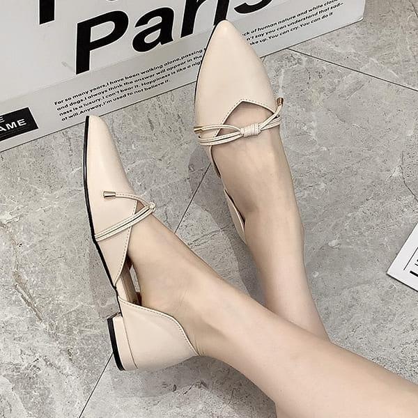 尖頭鞋.MIT法式優雅蝴蝶綁結側簍空平底包鞋.白鳥麗子