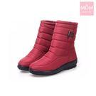 輕量時尚釦飾雙層防水防滑加厚保暖雪靴 紅...