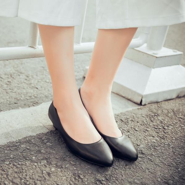 大尺碼女鞋41-48【現貨出清】凱莉密碼 甜蜜約會小尖頭坡跟好穿楔型跟鞋3cm【QZ7482】