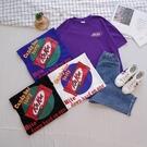 洋芋妹-正韓KITKAT膠印背印圖案寬版短袖上衣 4色【SA545922】