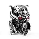 《 QBOX 》FASHION 飾品【RBR8-336】精緻個性魔導輪紅眼骷顱頭鑄造鈦鋼戒指/戒環