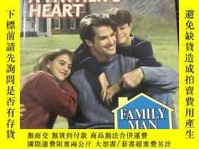 二手書博民逛書店英文原版:A罕見Father s Heart【一個父親的心】Y1