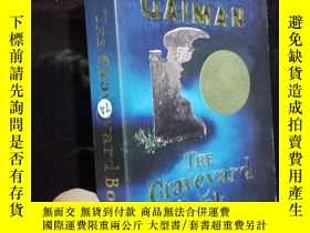 二手書博民逛書店The罕見Graveyard BookY12498 ,Dave