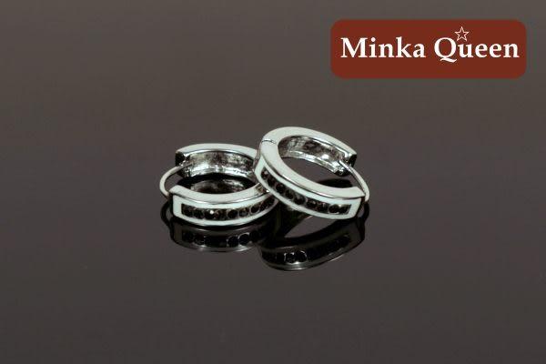 德國鈦鋼 單排黑鑽造型 精緻水鑽抗敏易扣耳環(一對)(16 mm)