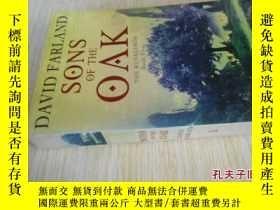 二手書博民逛書店英文原版罕見Sons Of The Oak : The Runelords Book Five Paperback