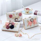 晚宴手拿包 新款韓版珍珠花朵包晚宴包手拿包宴會包女包鏈條斜跨包小方包 qf13711『Pink領袖衣社』