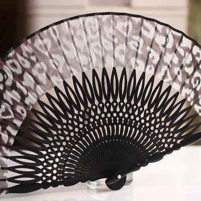 扇子 圈圈雕刻 黑骨 豹紋