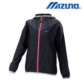 Mizuno 女裝 外套  路跑 輕量 風衣連帽款 防水 防潑水 反光LOGO 黑【運動世界】J2TC778109
