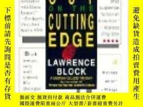 二手書博民逛書店Out罕見on the Cutting Edge by Bloc