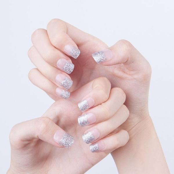 限定款光療感指甲油清新簡約銀色閃粉法式短版美甲成品假指甲手指甲片 帶膠水配外套皮衣風衣