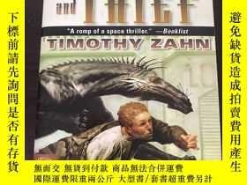 二手書博民逛書店Dragon罕見and Thief: The First Dra