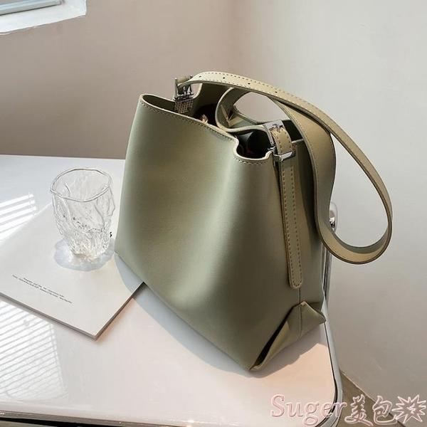 水桶包 高級感洋氣小包包女2021新款潮時尚百搭斜背包網紅爆款側背水桶包  新品