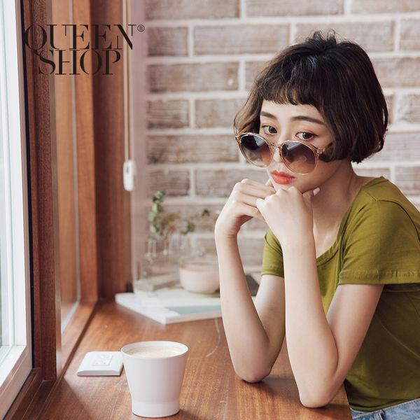 Queen Shop【07070153】簡約百搭膠框墨鏡 兩色售*現+預*