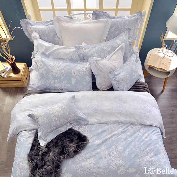 義大利La Belle《漫花飛舞》雙人純棉防蹣抗菌吸濕排汗兩用被床包組