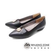 WALKING ZONE (女)尖頭金釦娃娃鞋 包鞋 女鞋 -黑(另有可可)