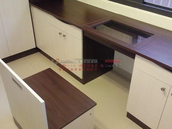 系統家具 系統櫃 更衣室設計 衣櫃 收納矮櫃 穿衣鏡 B0034