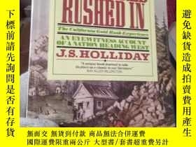 二手書博民逛書店THE罕見WORLD RUSHED IN(世界衝出來)Y1538