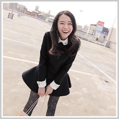 ☆雙兒網☆Naughty Trick 【D2015】日系女孩拼皮燒花領保暖硬挺尼料修身傘洋裝