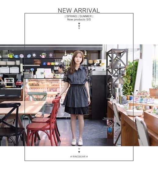 洋裝--輕甜清新風情縷空蕾絲繡花網紗拼接排釦鬆緊收腰單寧洋裝(黑.藍XL-5L)-D405眼圈熊中大尺碼◎