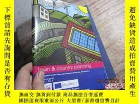 二手書博民逛書店town罕見country planning the journ