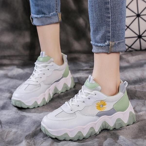 小白鞋子春季新款運動鞋女百搭網面透氣老爹春款潮鞋 淇朵市集