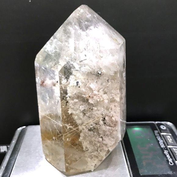 『晶鑽水晶』天然彩幽 鈦晶水晶柱 245公克 招財 含彩虹結晶 異象水晶
