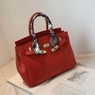 紅色包包女手提新娘包時尚結婚2021新款潮大容量大氣凱莉包斜挎包 蘿莉新品
