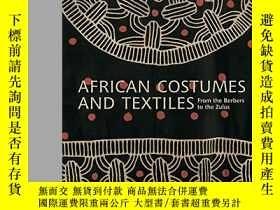 二手書博民逛書店African罕見Costumes and Textiles: