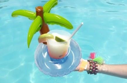 [協貿國際]  充氣火烈鳥椰樹套水上可樂杯座 (1入)