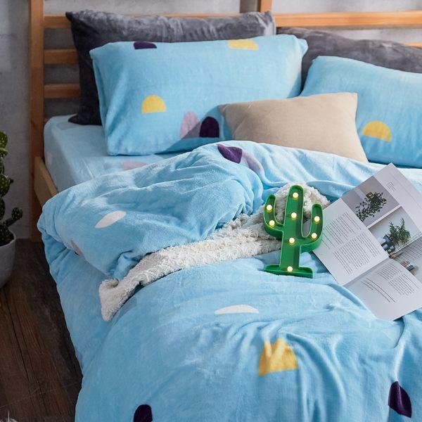 法蘭絨 / 雙人【卡爾點點】含兩件枕套  鋪棉床包薄被毯組  戀家小舖AAR215