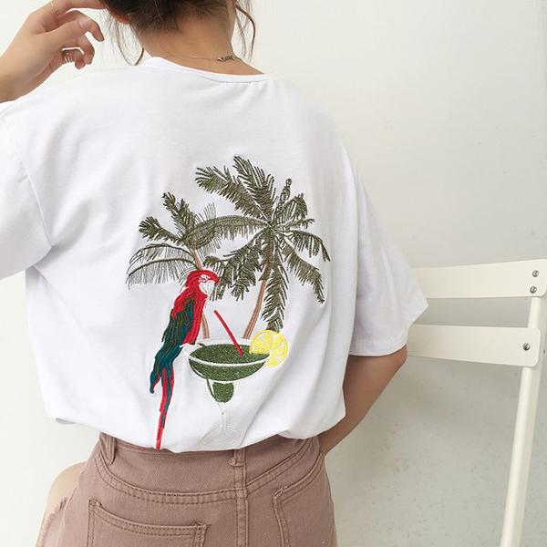 [超豐國際]夏季原宿風寬松圓領體恤上衣復古刺繡短袖T恤女學生1入