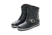 MICHELLE PARK 極致優雅顯瘦飾扣菱格紋短筒防水雨靴-黑