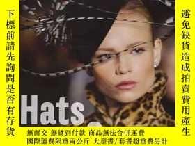 二手書博民逛書店英文原版罕見Hats and caps: Fashion acc
