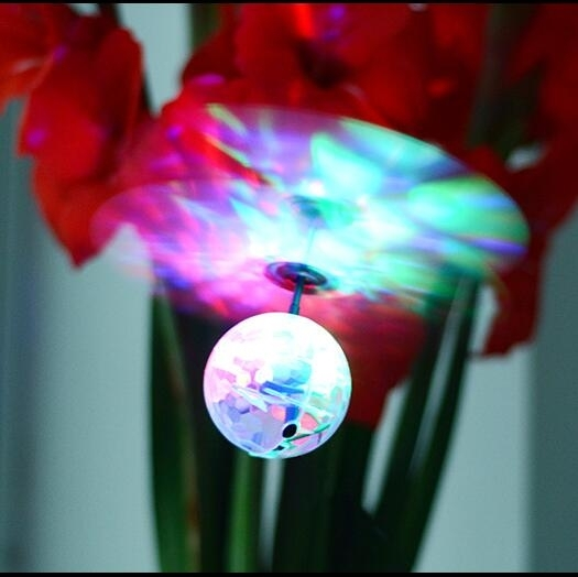 兒童感應懸浮玩具飛機 絢麗彩燈迷你遙控飛機 直升機耐摔飛行球【快速出貨八折搶購】