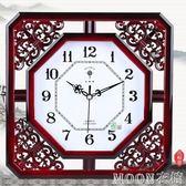 中式簡約鏤空掛錶時鐘雕花式創意簡約靜音客廳臥室石英鐘    MOON衣櫥