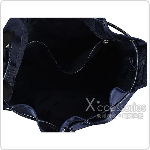 LONGCHAMP LE PLIAGE NEO燙銀LOGO尼龍束口斜背水桶包(海軍藍)