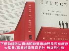二手書博民逛書店The罕見Plateau Effect: Getting from Stuck to Success 高原效應:從