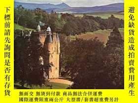 二手書博民逛書店The罕見National Trust for Scotland