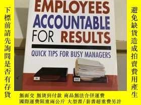 二手書博民逛書店keeping罕見employees accountable f